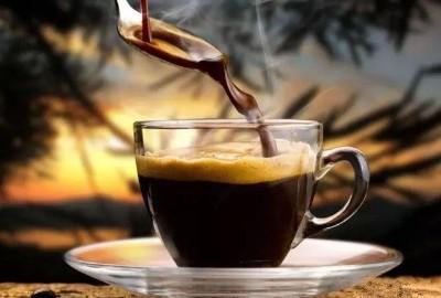 十年,一杯咖啡的距离